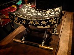 Ebony stool with ivory inlay representing leopard skin 18th dynasty New Kingdom Egypt (mharrsch) Tags: kingtut tutankhamun artifact treasure exhibit tomb egypt 18dynasty newkingdom discoveryofkingtut omsi oregonmuseumofscienceandindustry portland oregon mharrsch