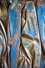 Ancienne gloire (Gerard Hermand) Tags: 1802122058 gerardhermand france paris canon eos5dmarkii beaubourg car centrepompidou cesarbaldaccini compression detail metal museum musee sculpture voiture