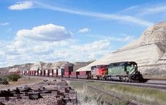 BNSF  Snowden, MT (larryzeutschel) Tags: bnsf railroad montana