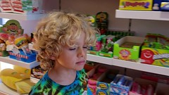 Following Everett Around The Candy Store (2) (Joe Shlabotnik) Tags: 2018 august2018 video cameraphone galaxys9 candystore deerpark everett itsugar justeverett tanger