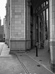 Entrance (ancientlives) Tags: chicago illinois il usa travel trips walking streetphotography michiganavenue magnificentmile wrigleybuilding ghirardelli chocolate architecture buildings tower downtown blackandwhite bw mono monochrome sunday 2019 march winter bluesky cold
