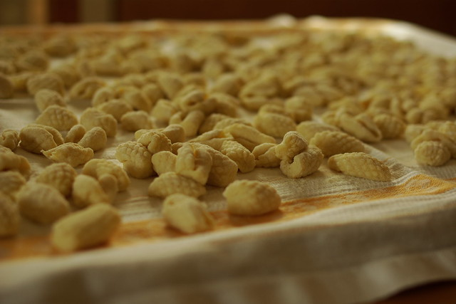 gnocchi di patate  con grattugia (3)