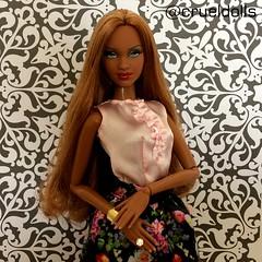 Follow @CruelDolls on Instagram (plasticheartxo) Tags: barbie basics pivotal elvis presley model muse collector tea party look