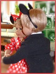 Meine Tanzmäuse / My dance mice (ursula.valtiner) Tags: puppe doll luis bärbel künstlerpuppe masterpiecedoll fasching carnival faschingsfest carnivalparty tanz dance mickeymouse minniemouse mickymaus minniemaus