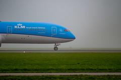 Fuji X + OM Zuiko 135mm f/2.8 (Erol Cagdas) Tags: fujifilm fuji fujix xt1 omzuiko 135mm f28 omzuiko135mmf28 klm boeing boeing787 dreamliner schiphol amsterdam netherlands holland aircraft airplanes airport airfield