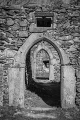 Gothic doors (gotan-da) Tags: castle ruins gothic 14thcentury medieval blackwhite schwarzweiss noiretblanc blackandwhite bw monochrome
