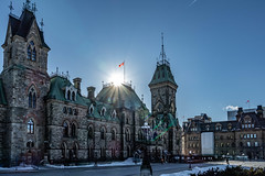 Ottawa - Canada (Steph. G) Tags: copyright collineduparlement parliamenthill ottawa canada hiver winter city canadianwinter streetview soleil sun architecture flare