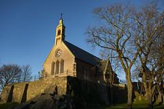 Little Church on the Rock (Rudi Pauwels) Tags: 2019onephotoeachday klippan majorna goteborg gothenburg santabirgittaskapell saintbirgittaschapel bluesky church chapel svenskakyrkan sigma1850mm nikond7100