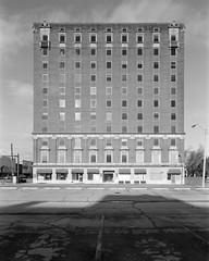 Office Building in Fort Smith Arkansas (vphill) Tags: schneider72mmf56superangulonxl chamonix45n1 chamonix 4x5 4x5camera superangulonxl delta100 ilford ilforddelta100