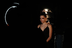 DSC05033 2 (David D. Corona) Tags: portrait woman mujer hair cabello maquillaje light background negro