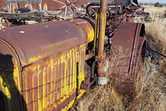 McCormick Deering Tractor (Eclectic Jack) Tags: shaniko eastern oregon trip october 2018 rural autumn fall central ghost town highway hwy 97 small history america americana west old