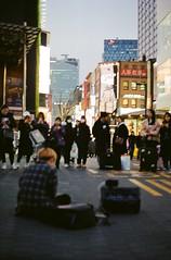 Seoul (asahi demartiny) Tags: seoul korea pentax pentaxasahi s2 asahi film filmphoto kodak kodak200 people city filmphotography analog 35mm