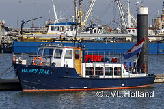 Wadstuner Happy Seal  NL  Pieterburen    'Lauwersoog Harbour'  190214-055-C6 ©JVL.Holland (JVL.Holland John & Vera) Tags: wadstunerhappyseal nl pieterburen lauwersoogharbour groningen scheepvaart shipping netherlands nederland europe canon jvlholland