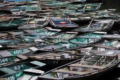 Tam Coc - embarcadère 2 (luco*) Tags: vietnam baie d ha long terrestre bay ninh binh tam coc embarcadère barques flickraward flickraward5 flickrawardgallery