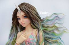 DSC_2094 (sonya_wig) Tags: fairytreewigs wig bjdwig minifeewig bjd bjdminifee minifeechloe handmadedoll bjddoll dollphoto fairyland fairylandminifee minifee chloe bjdphotographycoloringhair unicorn