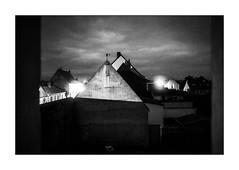 Point de vue du gris. (Scubaba) Tags: europe france pasdecalais noirblanc noiretblanc blackwhite bw nuit night