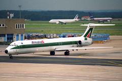 Alitalia MD-82; I-DATQ@FRA;02.08.1997 (Aero Icarus) Tags: frankfurtinternationalairport fra negativescan august1997 plane avion aircraft flugzeug alitalia md82 idatq md80
