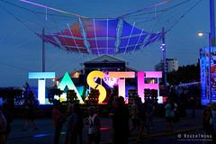 20181229-08-Taste of Tasmania evening (Roger T Wong) Tags: 2018 australia hobart rogertwong sel24105g sony24105 sonya7iii sonyalpha7iii sonyfe24105mmf4goss sonyilce7m3 tasmania tasteoftasmania crowds evening food lights night people stalls summer
