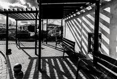 Falset. (Ricardo Pallejá) Tags: falset blancoynegro bw blackandwhite monocromático monocromo priorat pueblo paisaje contraste calle street lightroom nikon