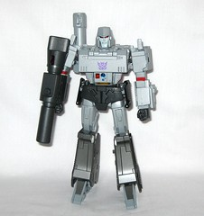 megatron transformers masterpiece mp 36 takara tomy 2017 03 (tjparkside) Tags: megatron transformers g1 series 1 1984 hasbro masterpiece mp 36 takara tomy 2017 transformer 2018 tf tak decepticon decepticons cartoon movie collector collectors card alternate face faces blaster pistol destron leader energy mace chain laser dagger sword key vector sigma faceplate smile crying damage damaged scope stock silencer walther p38 p 38 normal chest headgear nuclear charged fusion cannon