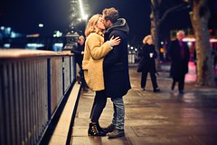 Kissing at South Bank (snowpine) Tags: kiss kissing love lover couple london southbank street streetphotography people candid