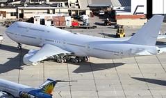 Boeing 747                                N894BA (Flame1958) Tags: airforce1 airforceone af1 usaf unitedstatesairforce vc25 vc25b boeing747 b747 747 boeing transaero vcv kvcv victorvilleairport californialogisticsairport 130418 0418 2018 eimow b7478 b747800 boeing747800 7681 n894ba