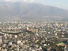 A los pies de los Andes (0_miradas_0) Tags: vistapanorámica ciudad santiago chile edificio cordillera losandes geografía cielo