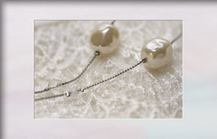 Delicate shades of white - pearls and lace (Karon Elliott Edleson) Tags: lookingcloseonfriday awe pearls shadesofwhite lace delicates jewelry strand chain necklace macro closeup
