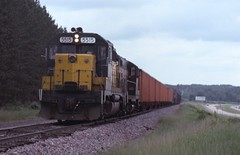 Along the road (ujka4) Tags: chicagonorthwestern cnw gp40 5515 trego wisconsin wi local wayfreight