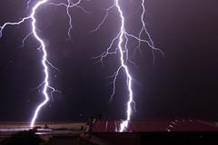 Tormenta eléctrica (pepsamu) Tags: rayo lightning thunderstorm tormenta tormentaeléctrica electricidad noche nocturna night nighttime 2018 storm tokina tokinaatx116prodxii1116mmf28 ávila moraña santotomédezabarcos cielo sky