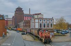 16/03/2018 | Bremen (SB-2013) Tags: db cargo bremen industriehaven industrie hafen 295 051 v90 railion roland 16 maart 2018 bremerhafen bediening mehl