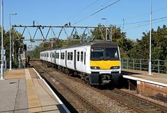 321435 Rochford (CD Sansome) Tags: rochford abellio greater anglia train trains 321 station polar bear 321435 national express