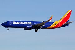 Southwest Airlines | Boeing 737-800 | N8681M | Las Vegas McCarran (Dennis HKG) Tags: aircraft airplane airport plane planespotting canon 7d 100400 lasvegas mccarran klas las southwest southwestairlines swa wn boeing 737 737800 boeing737 boeing737800 n8681m
