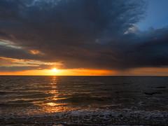 North Sea Sunset (bredmañ) Tags: sunset settingsun norfolk hunstanton thewash northsea sun light handheld naturallight olympus em1mkii 124028 colour uk britain england nature sea ocean