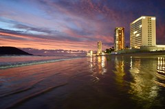 Playa Sabalo (faithroxy) Tags: playa sabalo beach reflections mazatlan mexico sinaloa dusk wide angle 14mm rokinon nikon travel golden zone zona dorada