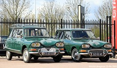 2 x Citroën Ami 6 Break (XBXG) Tags: 9560gs dz0245 citroën ami 6 break citroënami6 citroënami ami6 stationcar stationwagen station wagon kombi estate vert green 1968 1969 voorjaarsrit 2019 amiverenigingnederland avn garage vanoord landzigt leidsche rijn utrecht nederland holland netherlands paysbas vintage old classic french car auto automobile voiture ancienne française france frankrijk vehicle outdoor