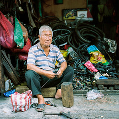 """""""My Workplace"""" (Yeow8) Tags: fujifilmgf670 kodakportra160 myworkplace workplace selayang malaysia kualalumpur film filmphotography filmphotographer filmisnotdead filmcommunity filmphoto streetportrait streetphotography streetphotographer streetportraitphotography portraiture portrait bicycleshop oldman elderlyman greyhairman"""