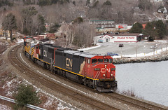COWL Approaching Rockingham - Birch Cove, NS (CWentzell Photography) Tags: cn canadiannational canada novascotia bedford sub subdivision motivepower locomotive locomotives engine engines canon photography adobe adobelightroom landscape cloudy 2019 january cowl ge draper taper rail railroad railway freight train track intermodal stacks stacker