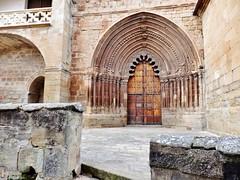 Zirauki - Navarra (EduOrtÍn.) Tags: iglesia románico zirauki cirauqui navarra comunidadforaldenavarra portal arco nafarroa