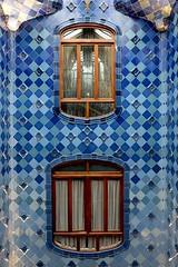 Casa Batlló (Douguerreotype) Tags: blue geometric barcelona symmetry catalunya buildings spain architecture city geometry tiles urban gaudi window