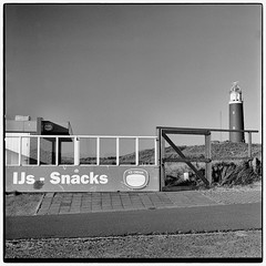 lighthouse (look-book) Tags: hasselblad distagon 50mm 2k0604 texel aufstanddergeorgier lighthouse leuchtturm flexbody monocromo monocromatico analogique monochrome theavantgardeisanalogue analogico lookbook analog blackandwhite sw analogous analogue análogo film trix d76 fotos foto analogicas bw self developed blackwhite black white blancoynegro noiretblanc filmisnotdead filmphotography filmcommunity ishootfilm aufstand der georgier nikon super coolscan 9000 ed