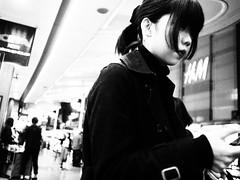 Street snap! (takana1964) Tags: streetphotography snap streetsnap street snapshot streetshot citysnap citystreet city cityphotography blackandwhite monochrome bw kyotocity japan olympus woman