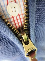 zugeknöpft (hussi48) Tags: macro cloth reisverschluss kleidung zipper macromondays