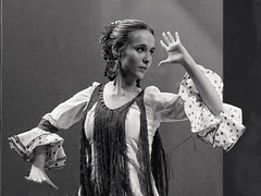 """Cahetera"" (Fencejo) Tags: canon600dt3ikissx5 zaragozazgz canonef100mmf2usm flamenco dancer blackwhitebwblackandwhitemonochrome"