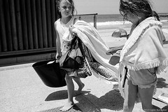 at the beach, Sydney summer 2019  #135 (lynnb's snaps) Tags: 35mm deewhy ilfordhp5 leicacl mrokkor40mmf2 xtol bw beach children film street 2019 sydney australia summer coast people rangefinderphotography leicafilmphotography kodakxtoldeveloper girls towels beachtowels