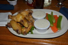 Chicken wings, Chena Hot Springs Resort Restaurant, Alaska (R-Gasman) Tags: travel food chickenwings chenahotspringsresortrestaurant alaska usa
