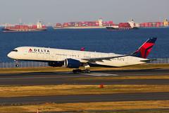 Delta Air Lines Airbus A350-941 N511DN (Mark Harris photography) Tags: spotting hnd haneda japan jpn plane canon aviation
