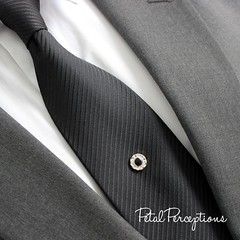 Classic black and gold tie pin for him. Many more styles available. #tiepin #mensfashion #style https://t.co/MdnAaDehYJ https://t.co/CAmPFtcn7L (petalperceptions.etsy.com) Tags: etsy gift shop fashion jewelry cute
