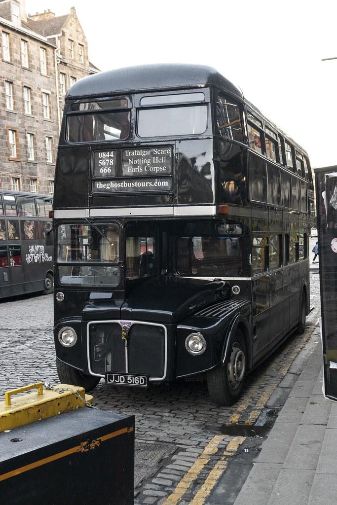 Modern Art Edinburgh Bus