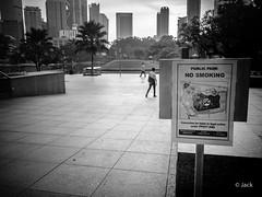 en passant par KL (Jack_from_Paris) Tags: p1000236bw panasonic dmcgx8 micro 43 pancake14mmf25asph pancake raw mode dng lightroom rangefinder télémétrique capture nx2 lr monochrom noiretblanc bw wide angle kl kuala lampur street building skyscraper tours klcc non smoking area